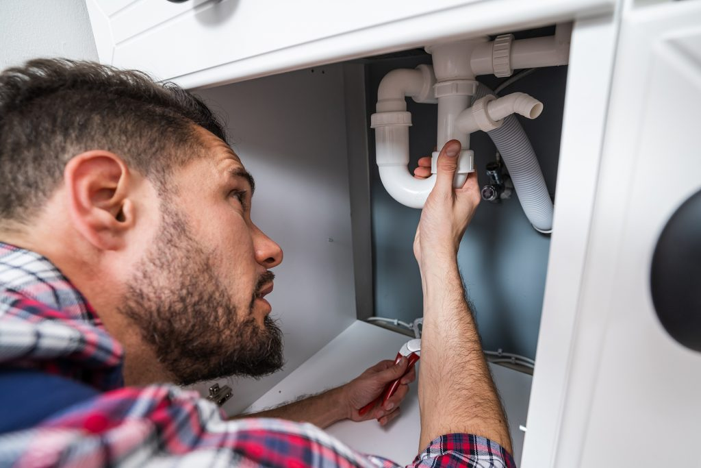 Why Hiring Professional Canberra Plumber Services Is Better Than DIY
