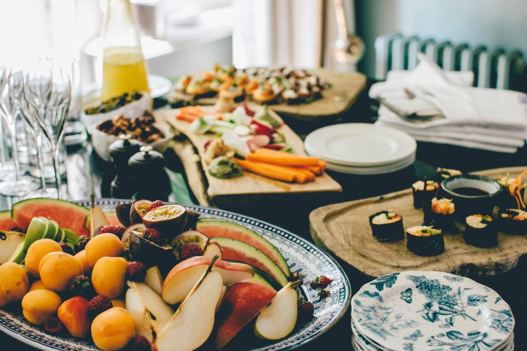 How Melbourne Catering Services Win Over Community Members